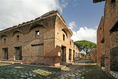 Streets in Ostia (B. Storage - L. Maish)